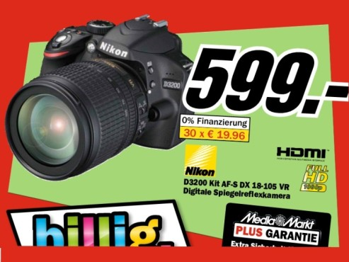 Nikon D3200 Kit 18-55 mm © Media Markt