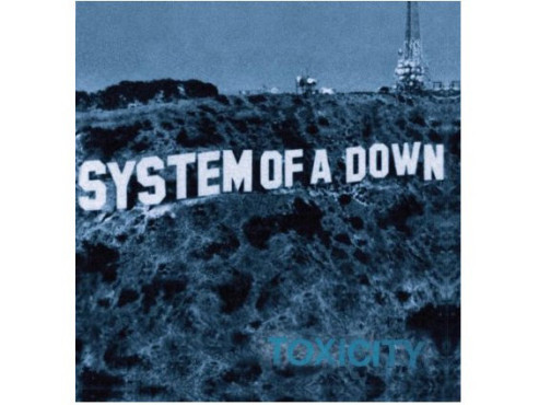 "Platz 3: ""Toxicity"" von System Of A Down © Amazon"