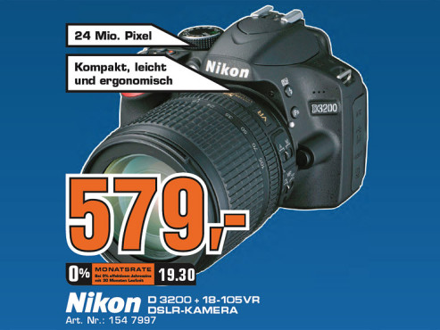 Nikon D3200 Kit 18-105 mm © Saturn