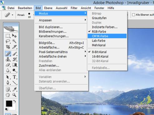 CMYK-Farbraum ©Landschaft: mradlgruber – Fotolia.com; Hund: javier brosch – Fotolia.com; COMPUTER BILD