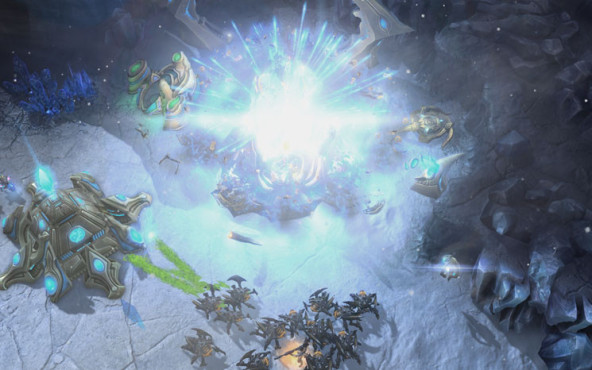 Starcraft 2 � Heart of the Swarm: Explosion ©Blizzard
