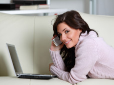 Alles Abgedeckt: Telefon-, SMS- und Internet-Flats schon f�r unter 25 Euro Allnet Flatrates: Zum Einheitspreis in alle Netze telefonieren und SMS senden. ©RG. - Fotolia.com