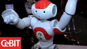 Roboter NAO auf der CeBIT 2013 ©COMPUTER BILD