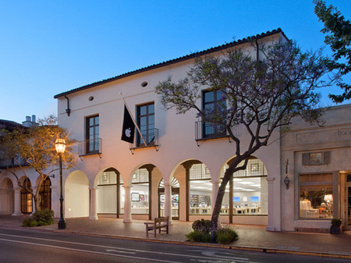 Apple Store Santa Barbara © Apple