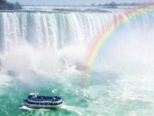 Wasserfälle ©Elenathewise - Fotolia.com