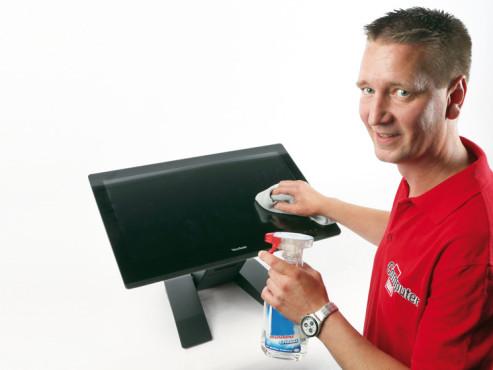 Touchscreen putzen ©COMPUTER BILD