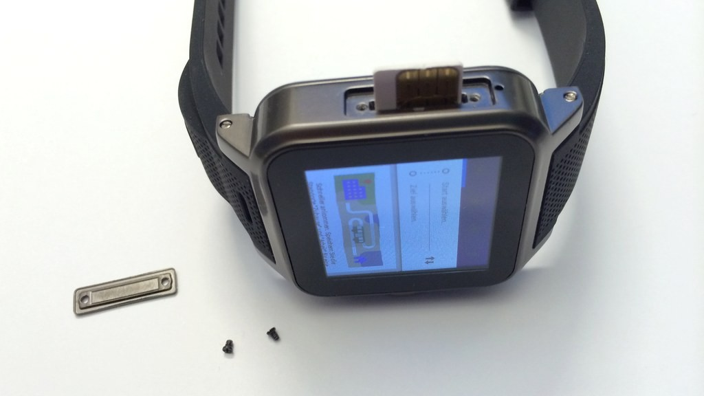 Praxis-Test: Simvalley Mobile AW-414.Go: Smartwatch mit ...