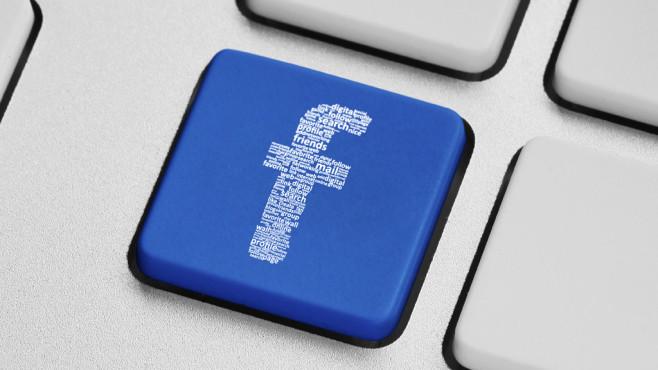 Über Facebook Geld verdienen ©peshkova - Fotolia.com