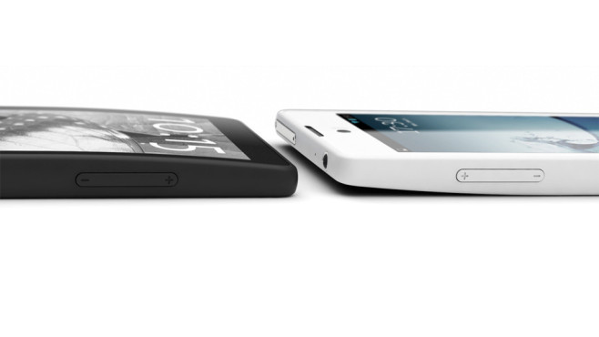 Yotaphone mit E-Ink-Display © Yotaphone