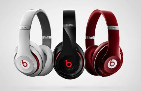 Neuer Beats Studio: Test des Kult-Kopfhörers von Dr. Dre Den neuen Beats Studio 2.0 gibt's außer in weiß, schwarz und rot auch in orange und Titan-farben ©Beats by Dr. Dre
