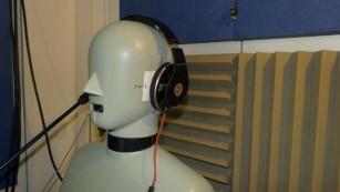 Neuer Beats Studio: Test des Kult-Kopfhörers von Dr. Dre Der Test im Labor von COMPUTERBILD zeigte: Die neuen Beats klingen besser als die alten, die Geräuschunterdrückung (Noise-Cancelling) wirkt nach wie vor nur schwach. ©COMPUTER BILD