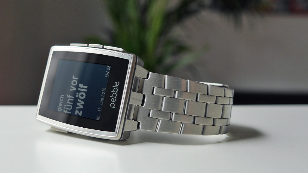 Smartwatch Pebble Steel © COMPUTER BILD