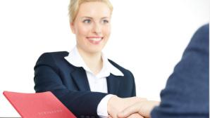 Frau bei Bewerbungsgespräch ©Karin & Uwe Annas - Fotolia