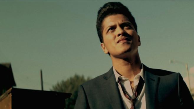 """Ausschnitt aus dem Musikvideo """"Grenade"""" von Bruno Mars ©Atlantic, Elektra"""