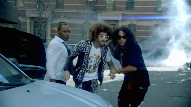 "Ausschnitt aus dem Musikvideo ""Party Rock Anthem"" von LMFAO © Foo & Blu, LLC under exclusive License to Interscope Records"
