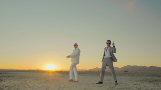 "Ausschnitt aus dem Musikvideo ""Rain Over Me"" von Pitbull & Marc Anthony © J Records, a unit of Sony Music Entertainment"