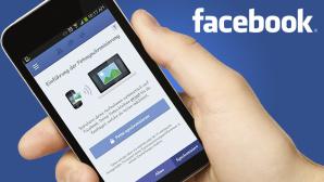 Facebook lädt Smartphone-Fotos automatisch hoch ©Facebook, peshkova – Fotolia.com