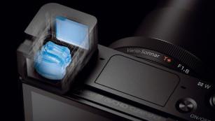 Elektronischer Sucher der RX100 III ©Sony