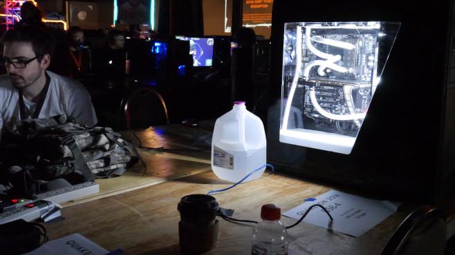 QuakeCon 2014: Weiß ©COMPUTER BILD SPIELE