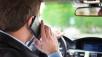 Forscher entwickeln Autoalarm gegen Handy-Benutzung am Steuer Kein Handy am Steuer: Forscher entwickeln Alarmsystem.  ©Minerva Studio - Fotolia.com