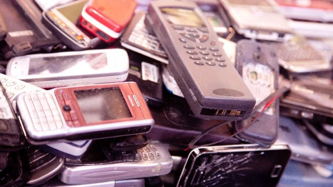 ausrangierte Handys ©dpa
