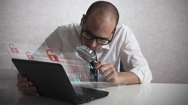 Task-Manager: 10 Möglichkeiten, um das Werkzeug aufzurufen Viele Wege führen ans Ziel. Mit welchen Kniffen Sie den Task-Manager starten, erfahren Sie hier. ©Fotolia---alphaspirit---Hacker analyzing software
