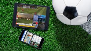 Fußball-Apps ©istock.com/cmannphoto, ProSiebenSat.1 Digital GmbH, First Touch Games