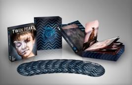 Twin Peaks Blu-ray Box ©2001 CBS Corp./Paramount