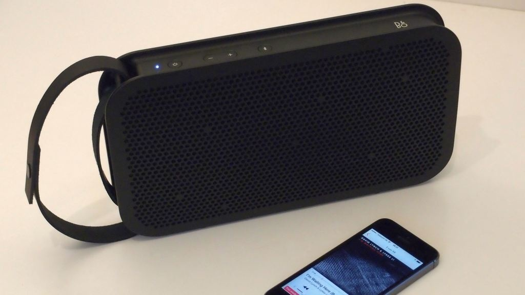 beoplay a2 mobil lautsprecher im test audio video foto bild. Black Bedroom Furniture Sets. Home Design Ideas