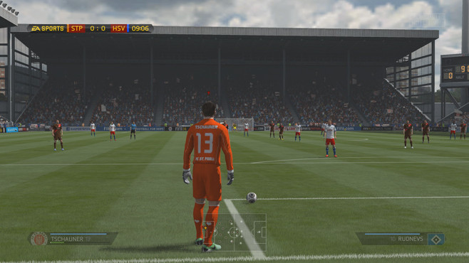 Sportspiel Fifa 14: Absto� © Electronic Arts