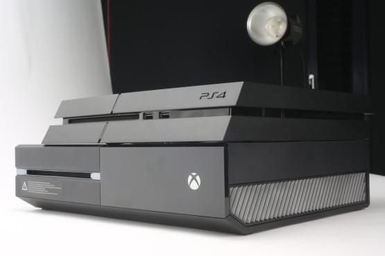 PS4 gegen Xbox One ©COMPUTER BILD, Sony, Microsoft