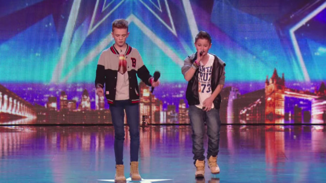 Bars & Melody - Simon Cowell's Golden Buzzer act © YouTube, Britain's Got Talent