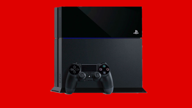 PlayStation 4 + FIFA 15 © Media Markt