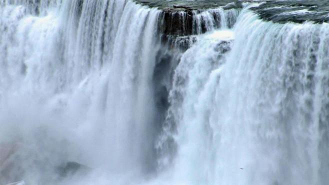 Niagarafälle in Aktion ©COMPUTER BILD
