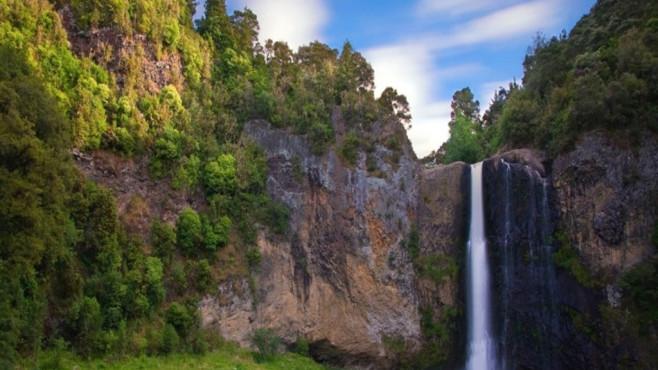 Wasserfall-Landschaften ansehen ©COMPUTER BILD