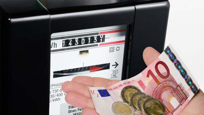 Stromanbieter senken die Preise ©SZ-Designs – Fotolia.com