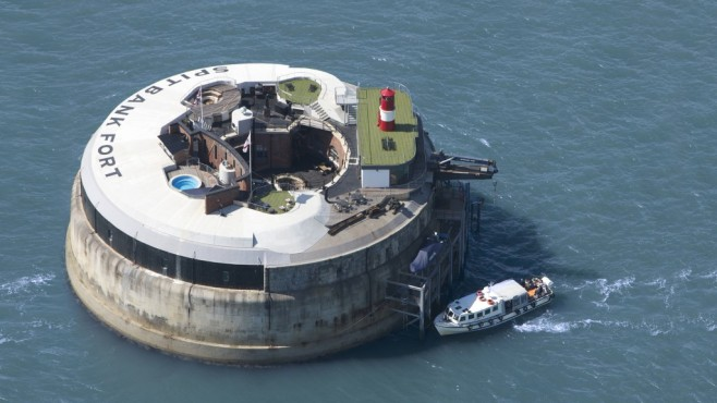 Spitbank Fort, Portsmouth, England © Secret Escapes