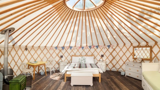 The Yurt Retreat in Somerset, England © Secret Escapes