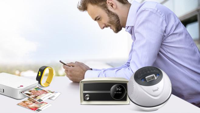 Die coolsten Bluetooth-Gadgets für das Smartphone COMPUTER BILD zeigt Ihnen die coolsten Bluetooth-Gadgets für Ihr Smartphone. ©Buero Monaco / Getty Images, Philips, Pavlo, LG, Bass Ball