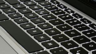 MacBook Pro: Test des �berarbeiteten Edel-Notebooks ©COMPUTER BILD