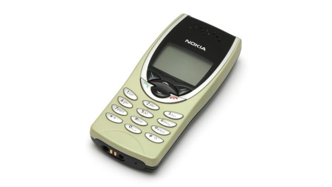 Nokia 8210 ©krystof.k