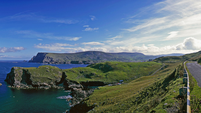 Wild Atlantic Way, Irland © Fotolia - Hans-Peter Merten