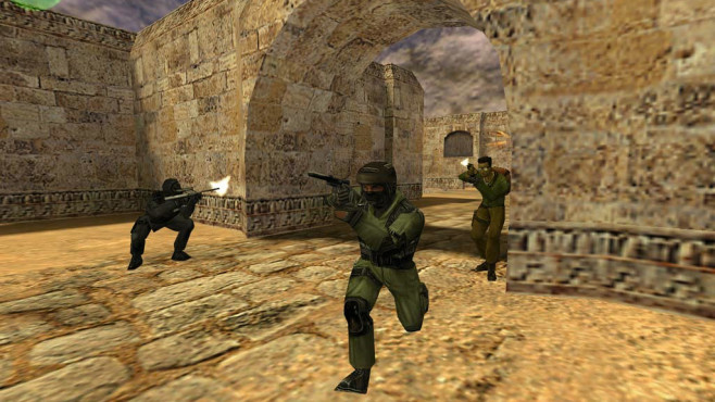 Counter Strike © Steam, Valve