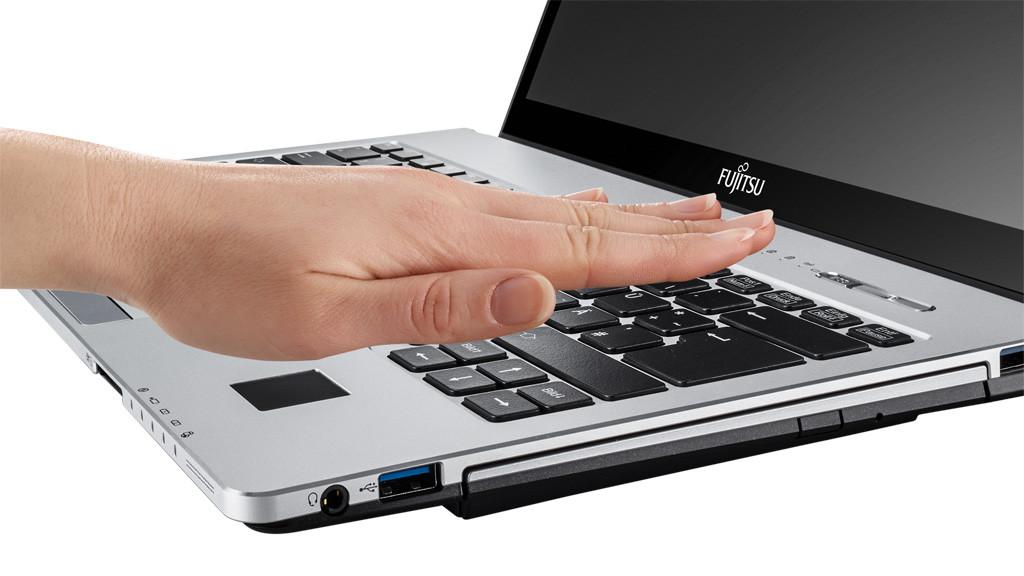 Fujitsu LifeBook S935 ©Fujitsu