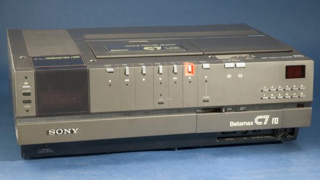 Vor 43 Jahren stellte Sony seinen ersten Betamax-Recorder auf der Elektronikmesse CES vor.©science & society piture library / gettyimages