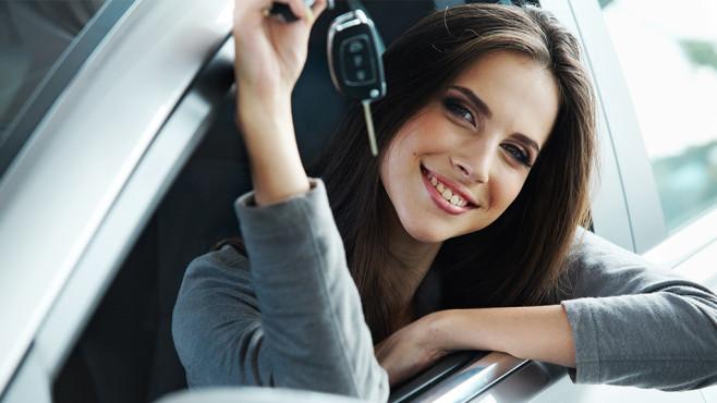 Frauen sind die besseren Autofahrer ©puhhha - Fotolia.com