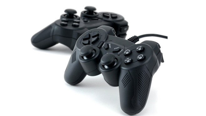 CSL Gamepad C180 Doppelpack © Amazon