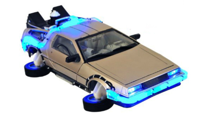 Diamond Select DeLorean-Modell (Zurück in die Zukunft 2) © Diamond Select