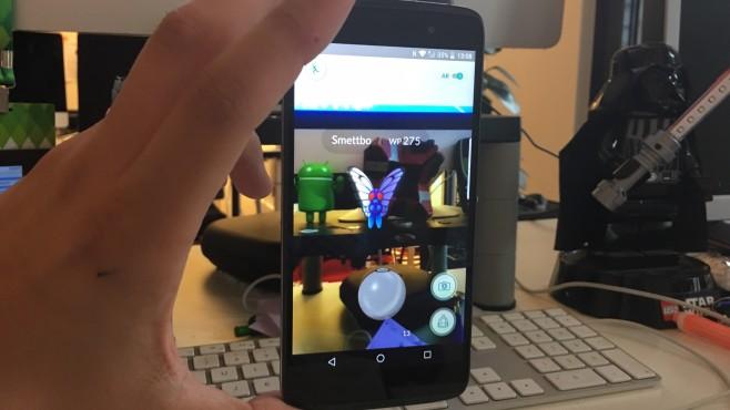 """Blackberry DTEK50: """"Sicherstes Android-Smartphone der Welt"""" im Praxis-Test Der Arbeitsalltag sorgt für die eine oder andere Schweißeperle beim Blackberry. Doch Entwarnung: für """"Pokémon GO"""" reicht die Leistung aus. ©COMPUTER BILD"""