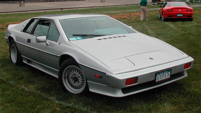 In tödlicher Mission: Lotus Esprit Turbo © Jagvar, Wikipedia